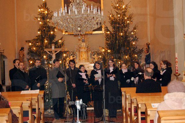 Béčkari v Jarovciach - Zaspievali sme si na Trojkráľovom koncerte v Jarovciach.