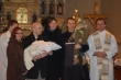 Spomienková fotka - Miško, rodičia, krstní a celebranti