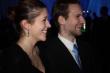 Tanečný pár - Sympatický mladý tanečný pár zo speváčkou z detského zboru